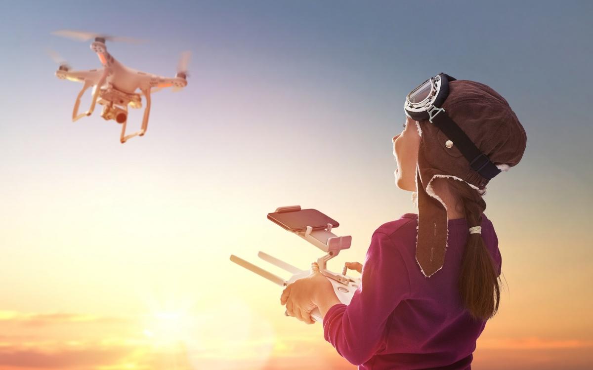 Dronevliegen in de tent